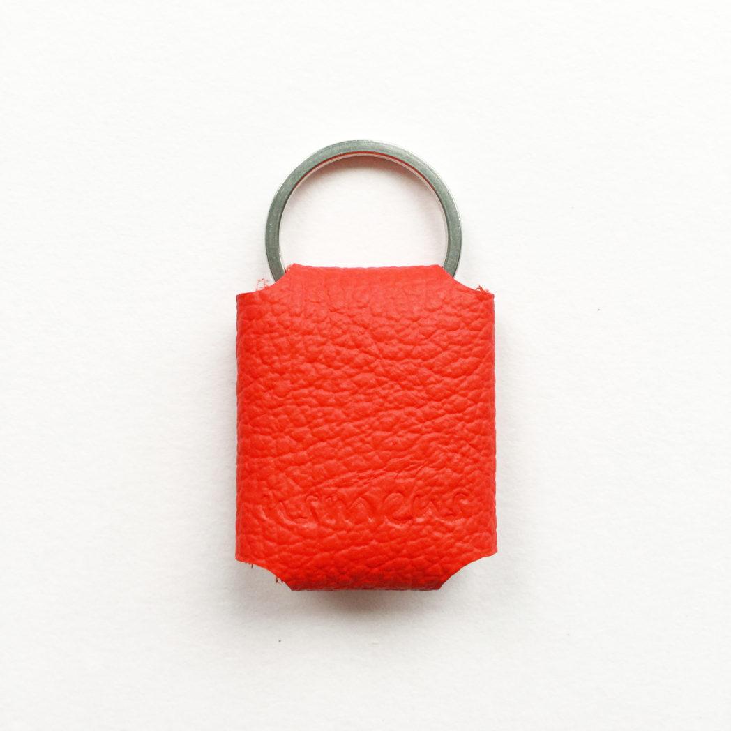 USMEUS pung til nøglering rød