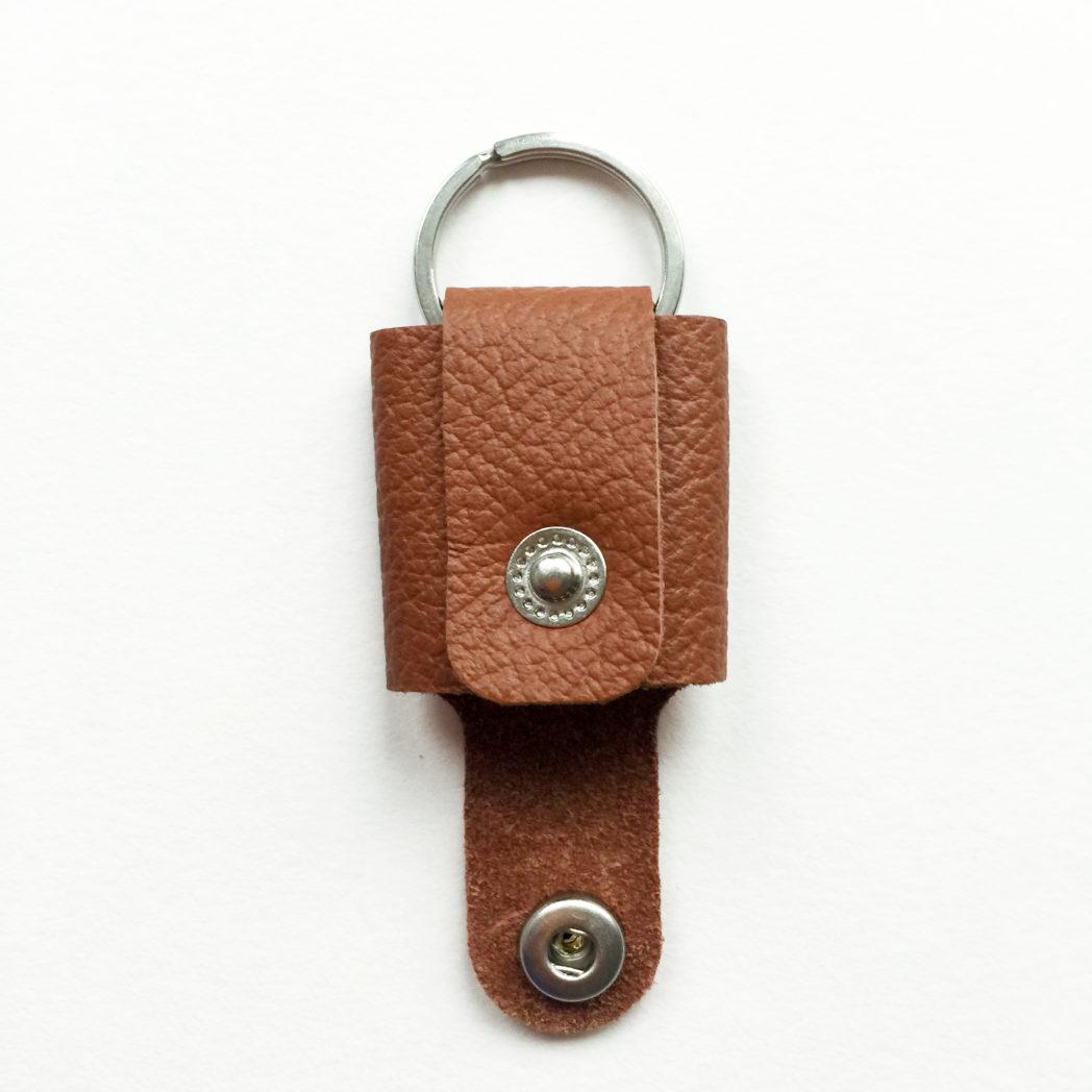 USMEUS pung nøglering åben calvadoz brun