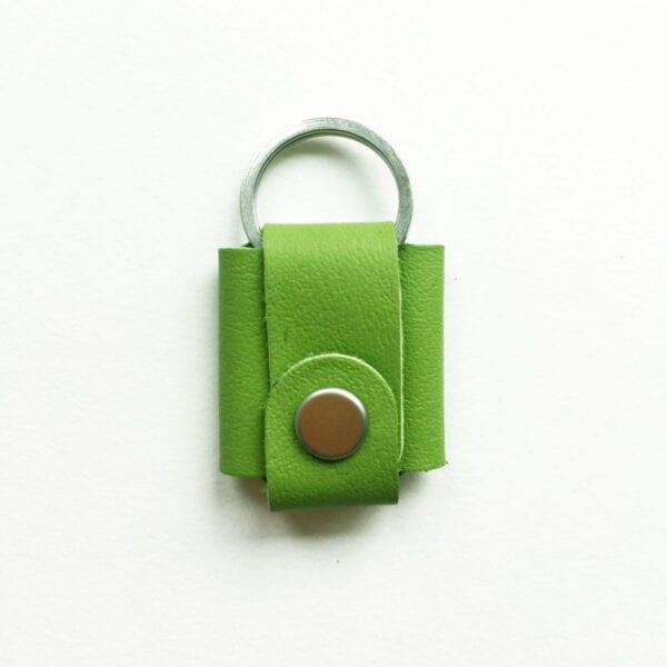 USMEUS pung til nøglering trykknap æble grøn
