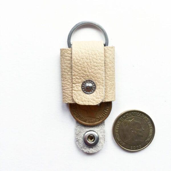 USMEUS møntpung til nøglering råhvid