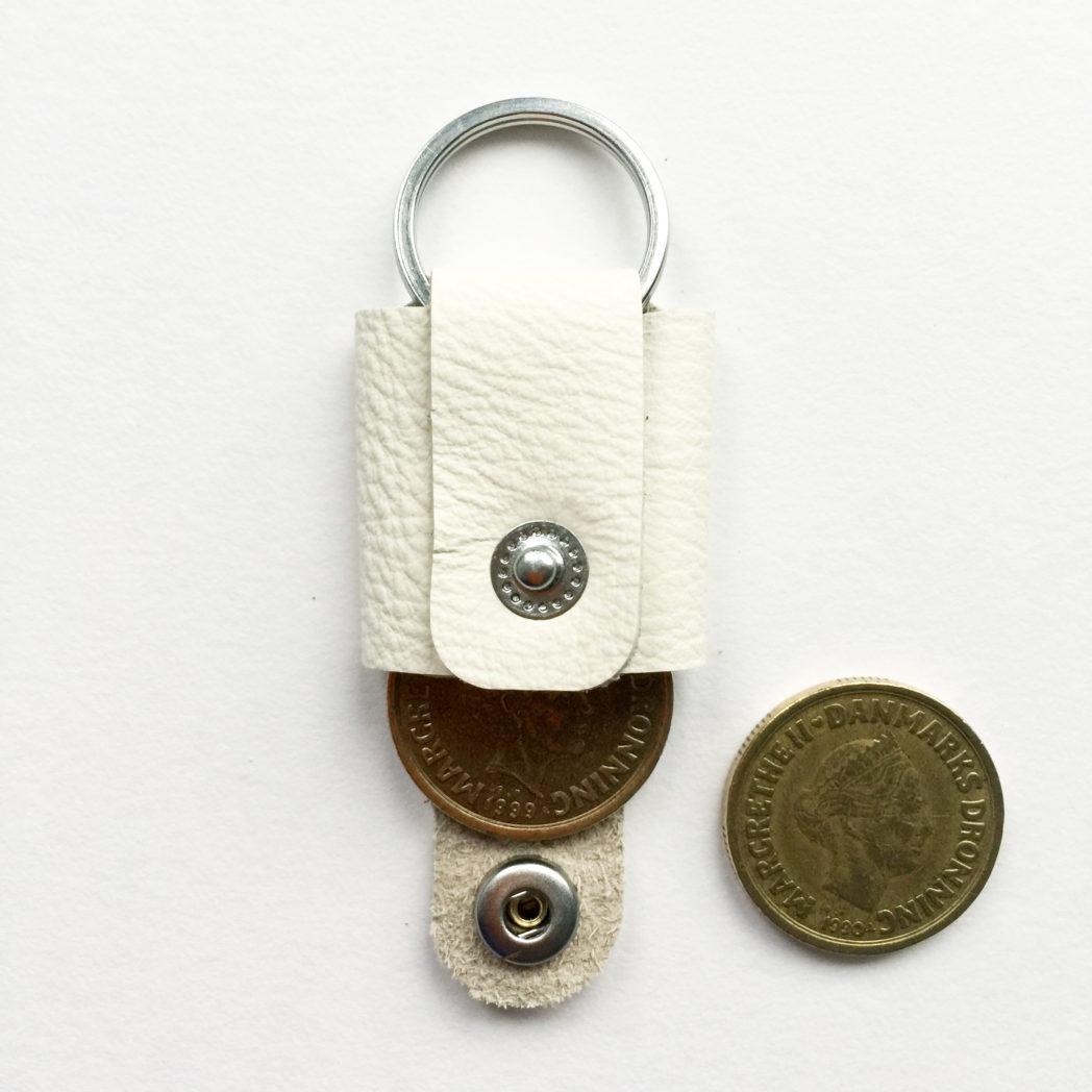USMEUS møntpung til nøglering hvid