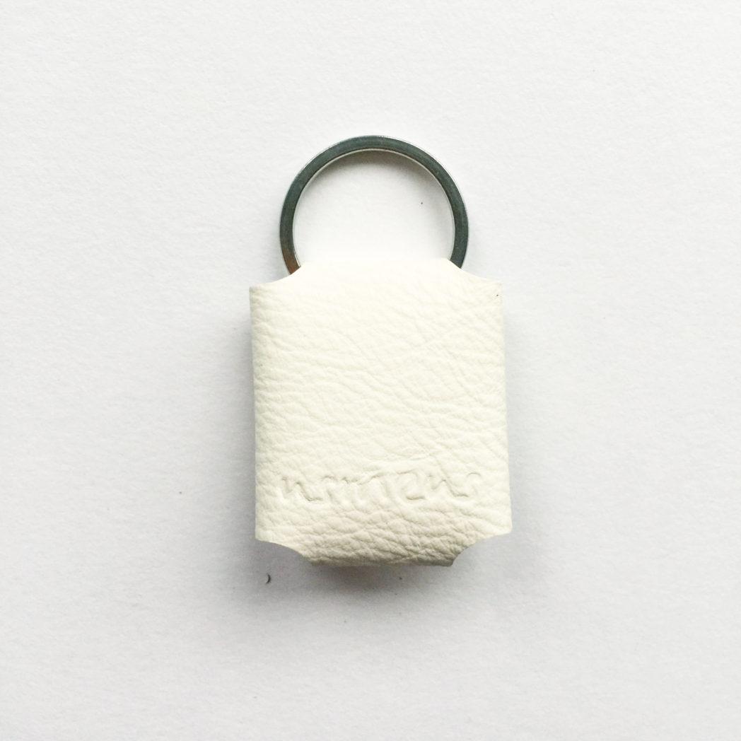 USMEUS nøgleringspung hvid