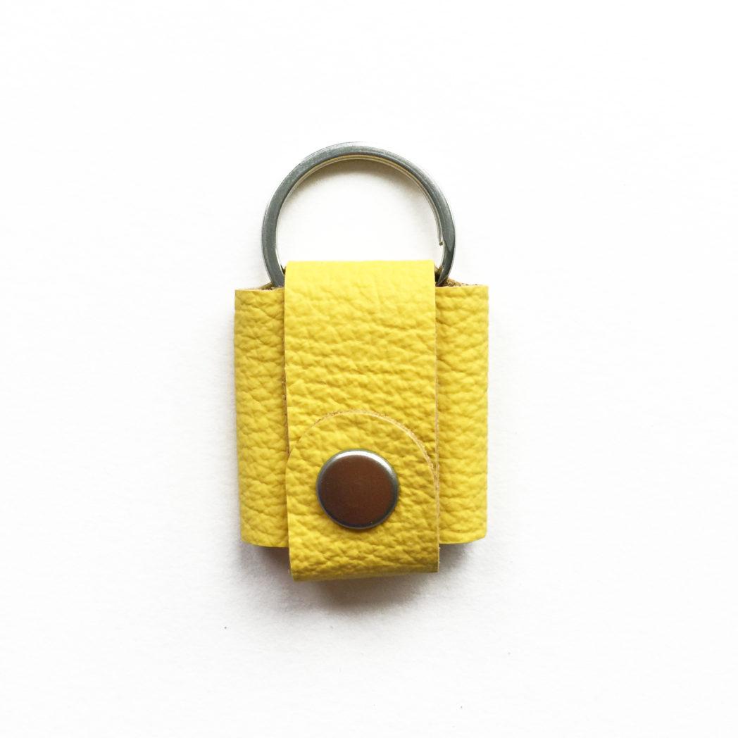 USMEUS pung til nøglering trykknap klar gul