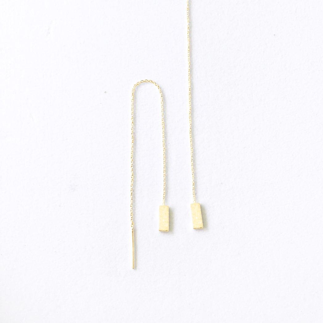 Ørering med kæde i forgyldt messing